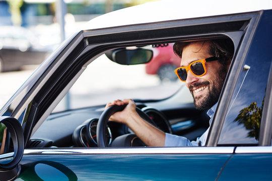 8 conducteurs sur 10 s'adonnent au multitâche