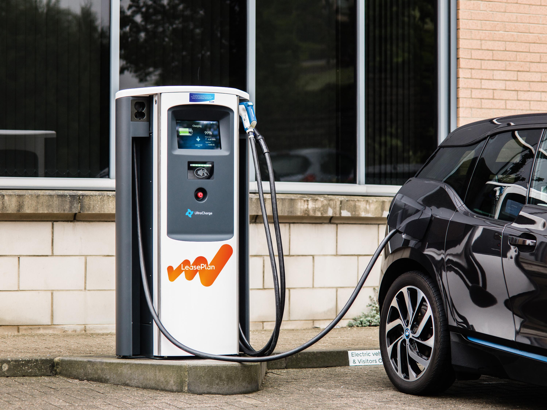 What's next ? Watt's next !: 5 mythes sur la conduite électrique démystifiés